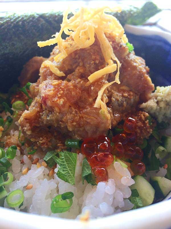 江ノ島の人気グルメ海鮮丼のお店『小屋』